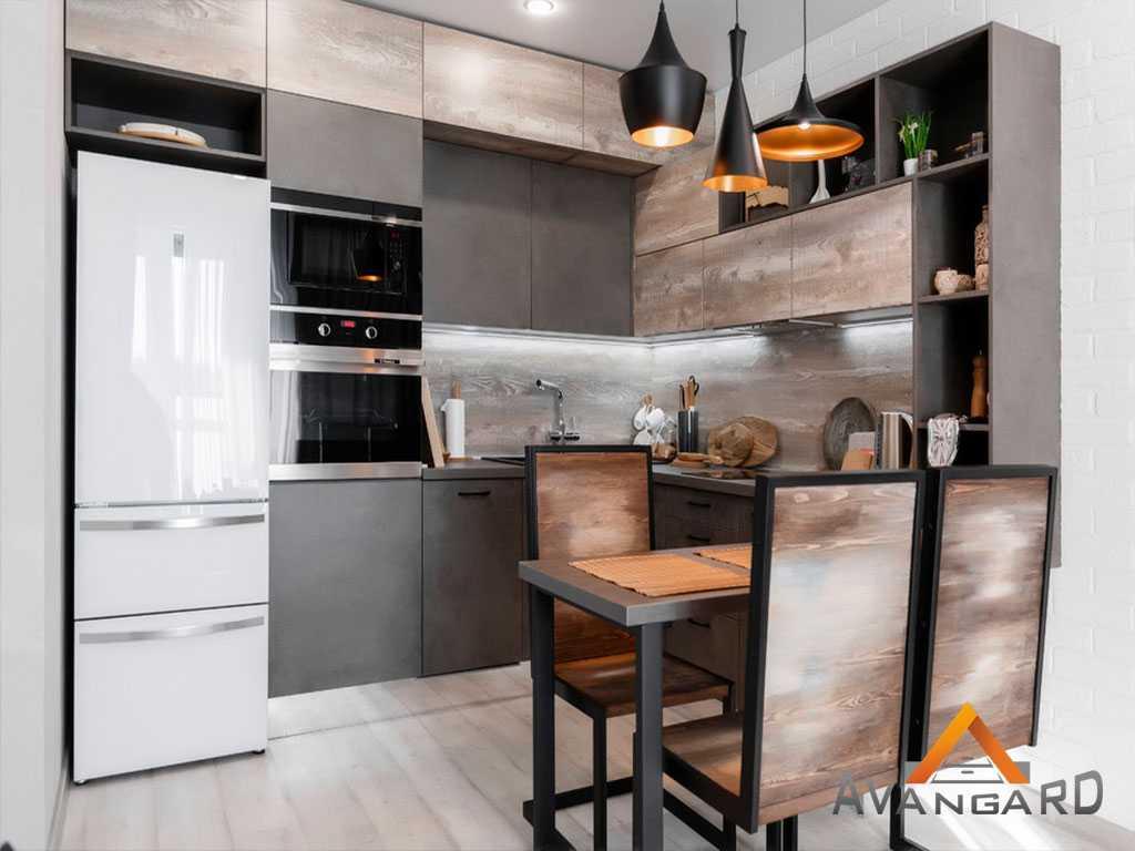 кухня и стол со стульями