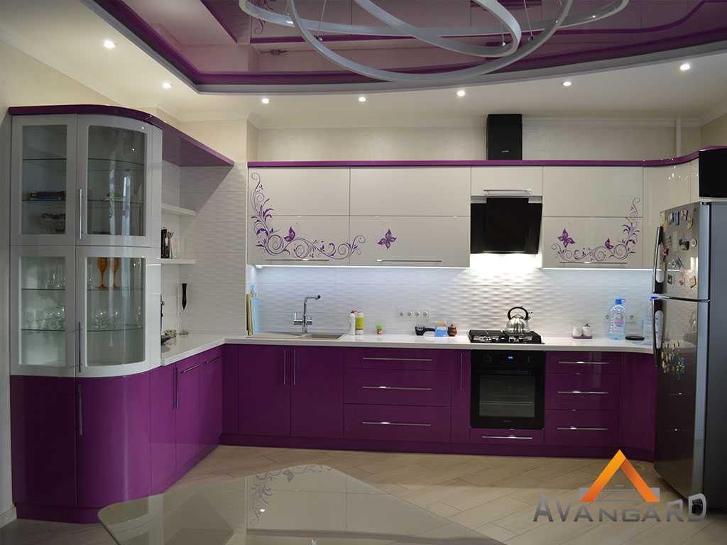 Кухня с фиолетовая